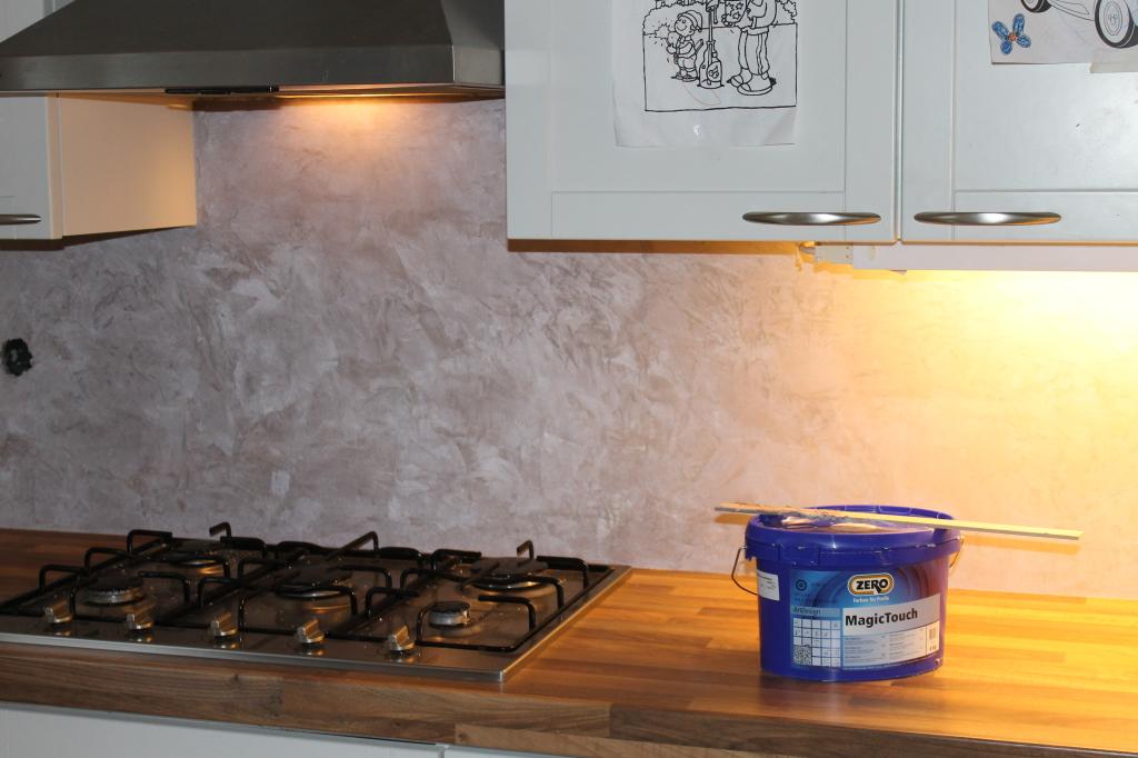 Decoratieve afwerkingen van keukens en badkamers mobiele spuitwerken de verfspuiter - Kleur wc deco ...